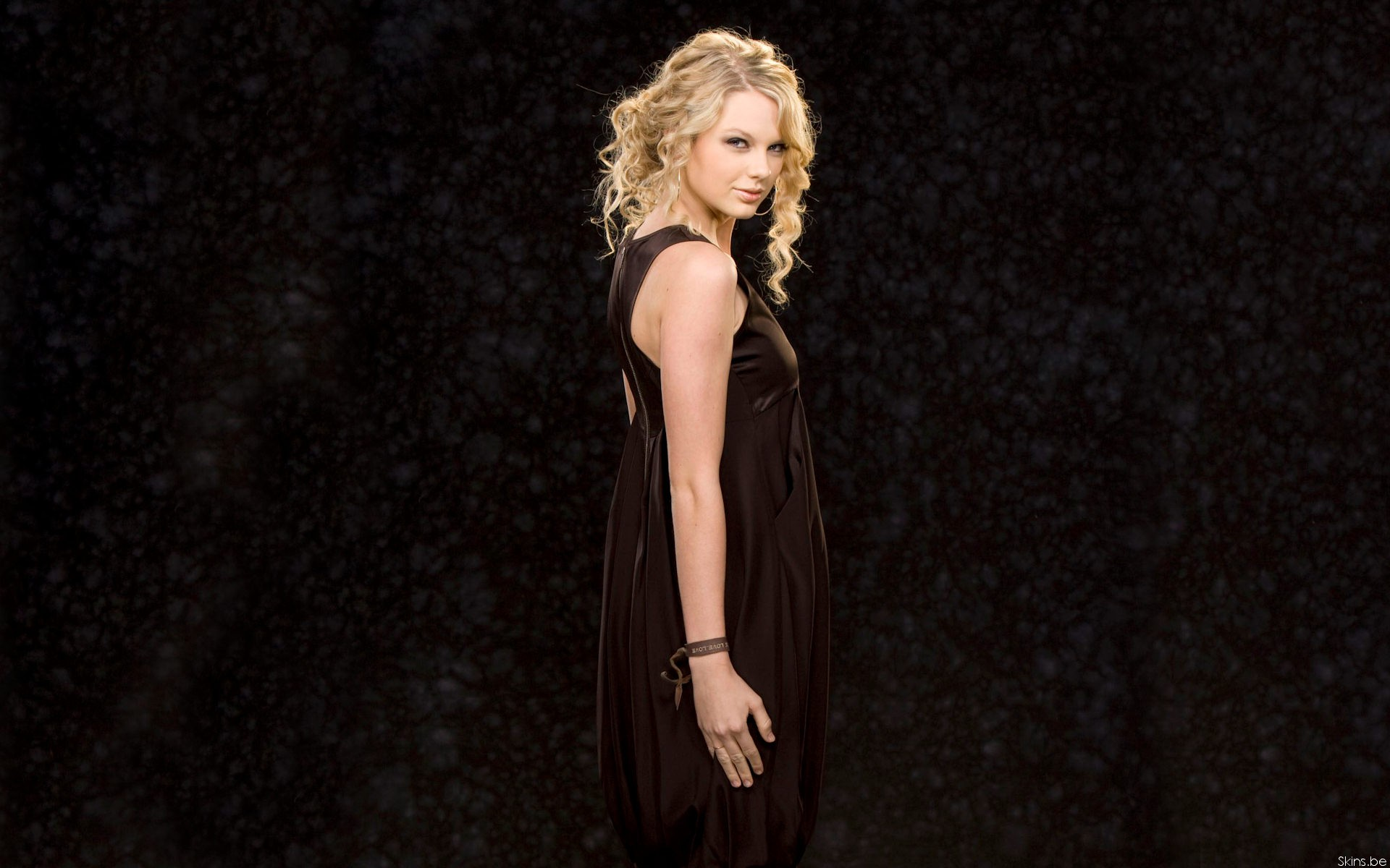 Taylor Swift HD Pictures
